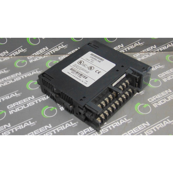 GE Fanuc IC693MDL240E Series 90-30 Input Module No Cover Used