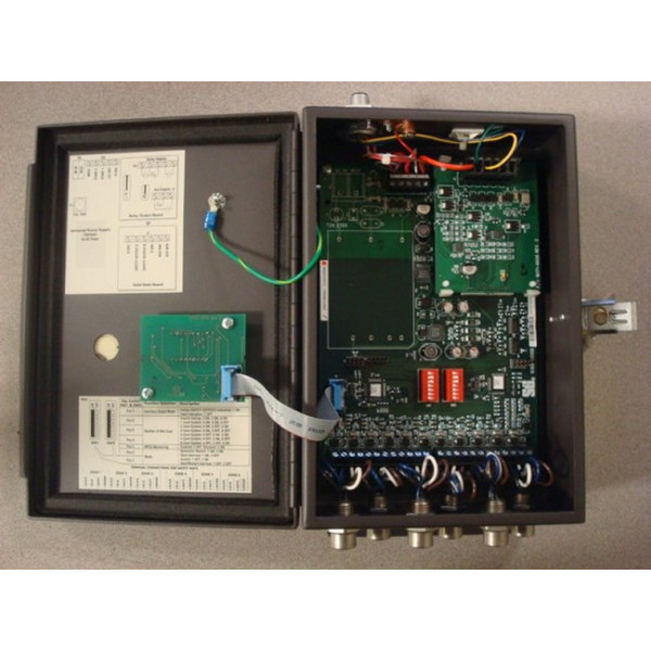 Sti MC6DC-5026-CX1 M6 Series Safety Mat Controller Used