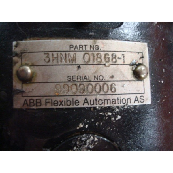 ABB 3HNM 01868-1 Hollow Wrist Attachment TR 5002 Used