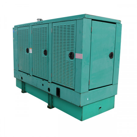 100 KW Used Diesel Generator Cummins 6BT5.9 DGDB-5979643 120/240 Volt 1 or 3 Phase