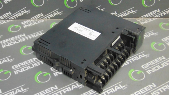 GE Fanuc IC693MDL241C Series 90-30 Input Module No Cover Used