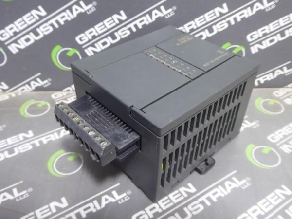 Siemens 6ES7 221-1EF00-0XA0 Digital Output Module E-Stand 02 Used