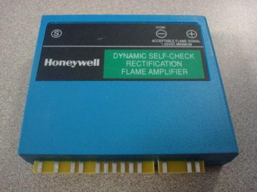 Honeywell R7847 C 1005 Flame Amplifier Module Rev F Used
