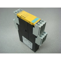Siemens 3TK2824-1BB40 Sirius Safety Relay Module Used
