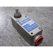 Telemecanique / RB Denison C2BJK05 Lox-Switch Limit Switch no box New
