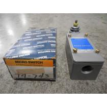 Honeywell Micro Switch 51ML72 Precision Limit Switch New NIB