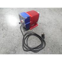 Iwaki EWB10F1-FC Metering / Dosing Pump 0.6 GPH Used