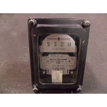 General Electric 700X63G293 Polyphase Watthour Meter DS-63 Used