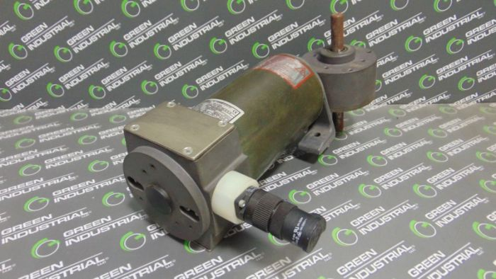 Lenze D-32696 Geared Motor 1/2 HP 180V 3000 RPM Used
