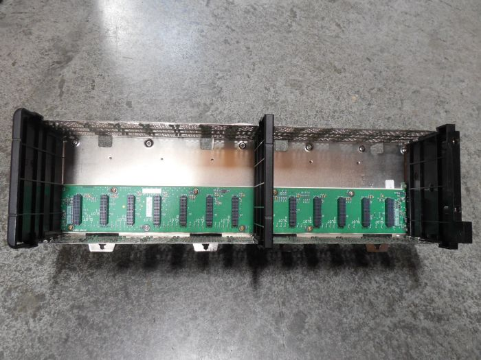 USED Honeywell TC-FXX132 Experion 13 Slot Card Rack Chassis 97126673 B01 Rev G01